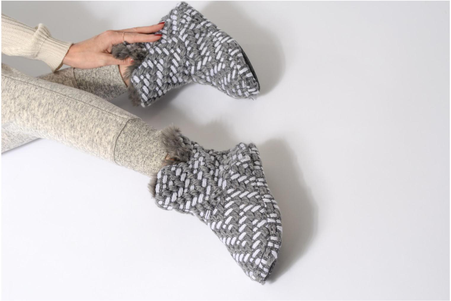 Slippers Esprit KNITTY BOOTIE Grey view from underneath / model view