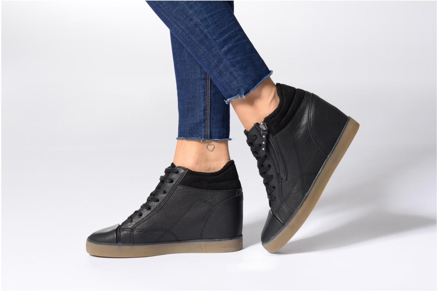 Trainers Esprit STAR WEDGE Black view from underneath / model view