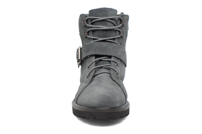 Stiefeletten & Boots Esprit MEGEE BUCKLE BOOTIE grau schuhe getragen