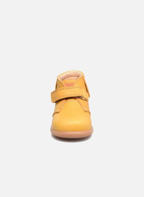 Bottines et boots Kavat Tinka EP Jaune vue portées chaussures