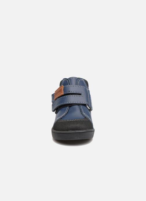 Botines  Kavat Fiskeby XCF Azul vista del modelo