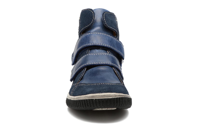 Sneakers Noël Zem Azzurro modello indossato
