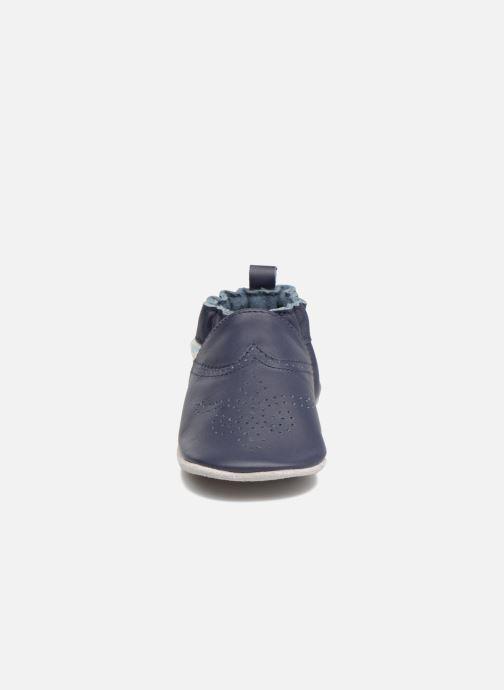 Pantofole Robeez Chic & Smart Azzurro modello indossato