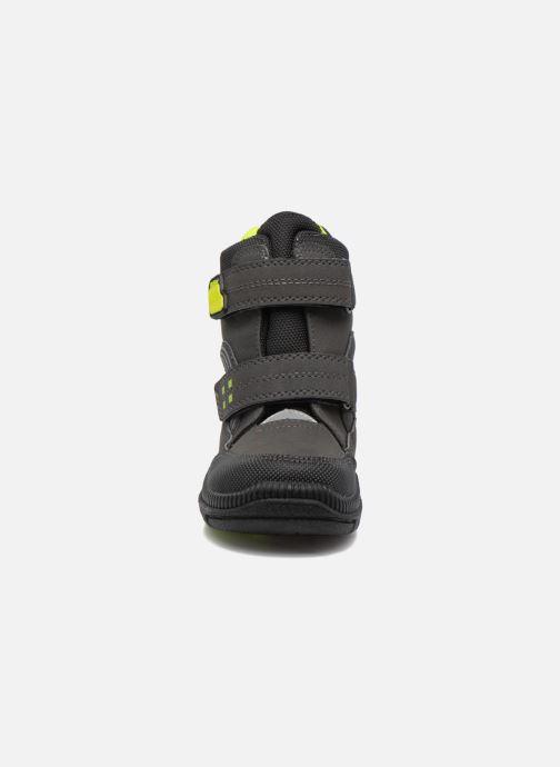 Chaussures de sport Richter Roman Noir vue portées chaussures
