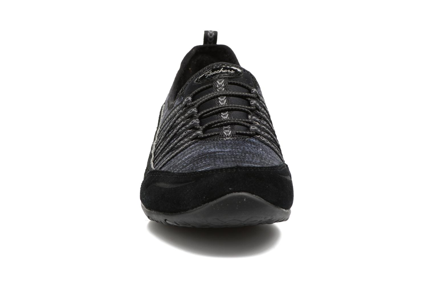Trainers Skechers Unity Eternal Bliss Black model view