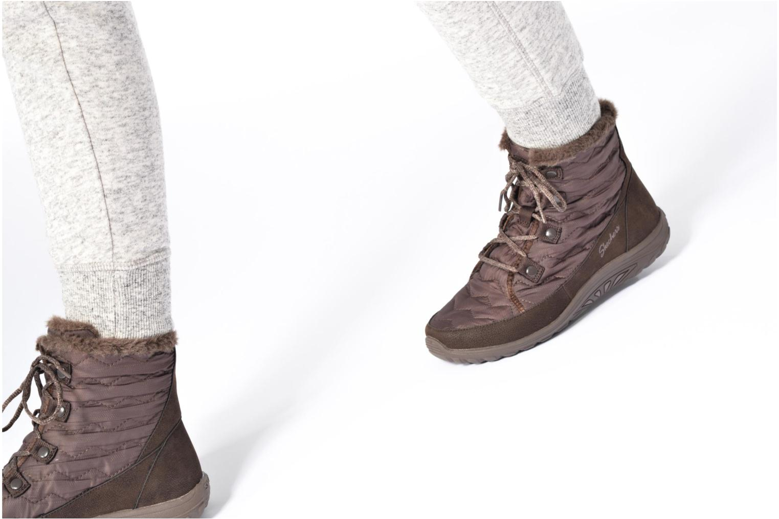 Ankle boots Skechers Reggae Fest Vector Brown view from underneath / model view