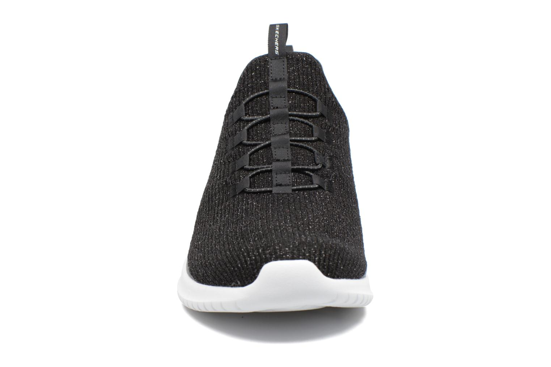 Chaussures de sport Skechers Ultra Flex Noir vue portées chaussures