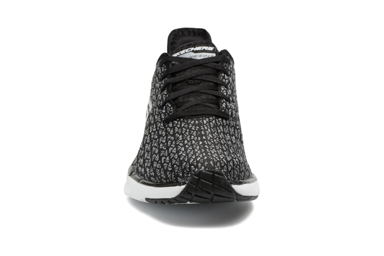Chaussures de sport Skechers Skech-Air infinity Free fallin Noir vue portées chaussures