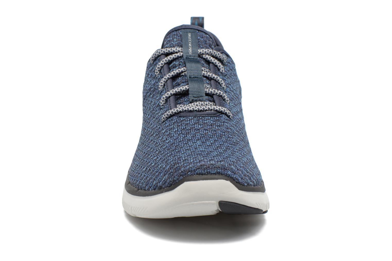 Chaussures de sport Skechers Flex Advantage 2.0 Crazy Bleu vue portées chaussures