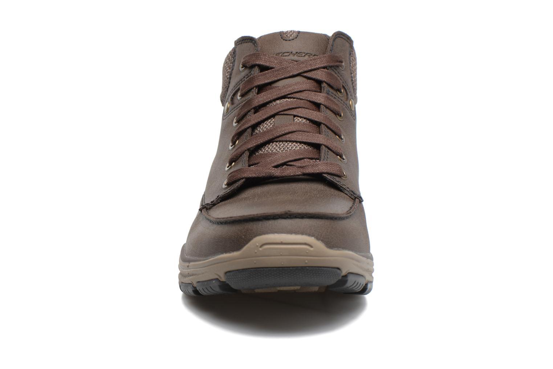 Bottines et boots Skechers Garton Meleno Marron vue portées chaussures