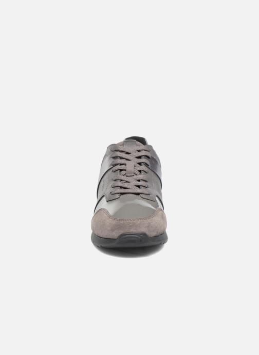 Sneakers Geox D Deynna D D746FD Grigio modello indossato