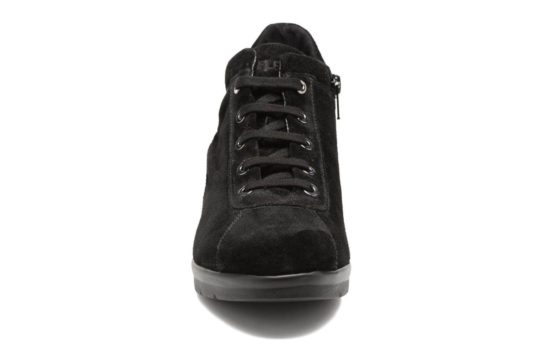 Baskets The Flexx Paul Walker Noir vue portées chaussures