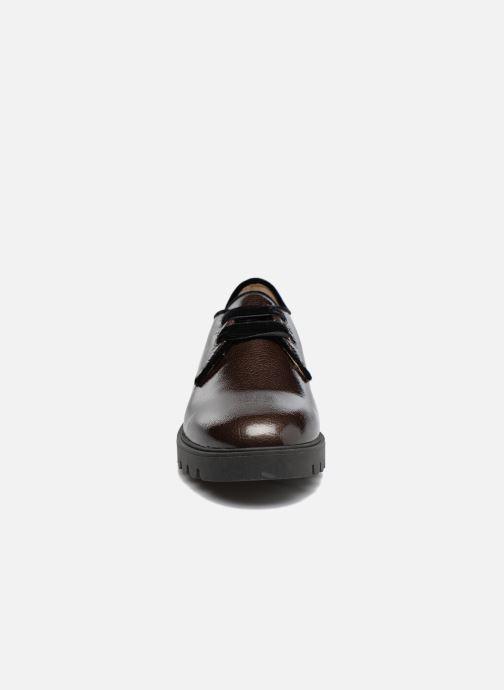 Scarpe con lacci Unisa Mick Grigio modello indossato