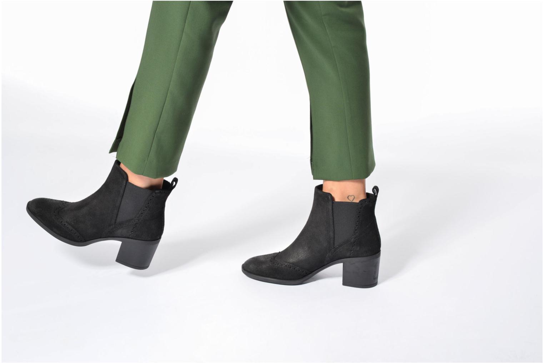 Bottines et boots Geox D Glynna B D743CB Noir vue bas / vue portée sac