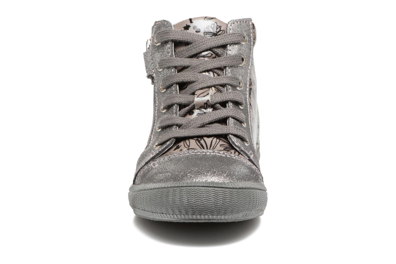 Baskets GBB Rachida Gris vue portées chaussures