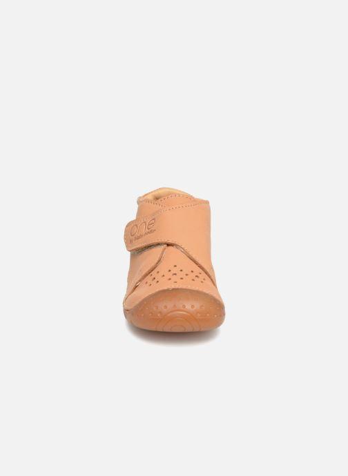 Hausschuhe Babybotte Zen beige schuhe getragen