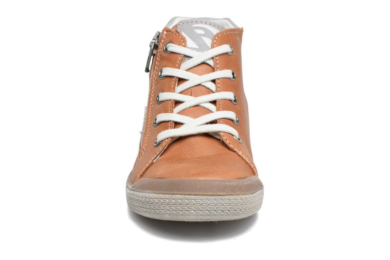 Baskets Babybotte B3 Lacet Marron vue portées chaussures
