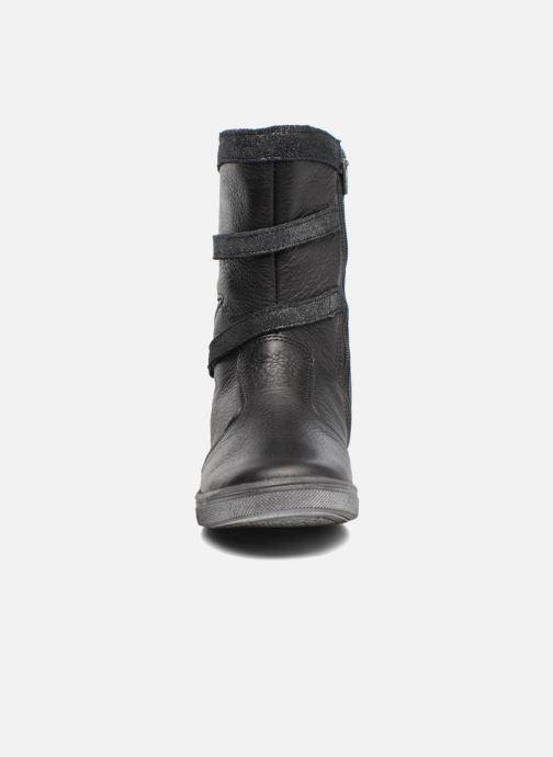 Bottes Babybotte Kamina Noir vue portées chaussures