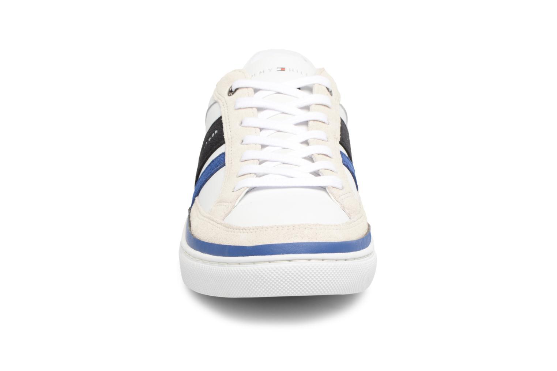Baskets Tommy Hilfiger Maze Blanc vue portées chaussures