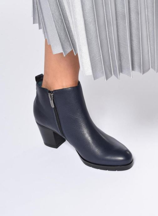 Ankle boots Karston GADJO Blue view from underneath / model view