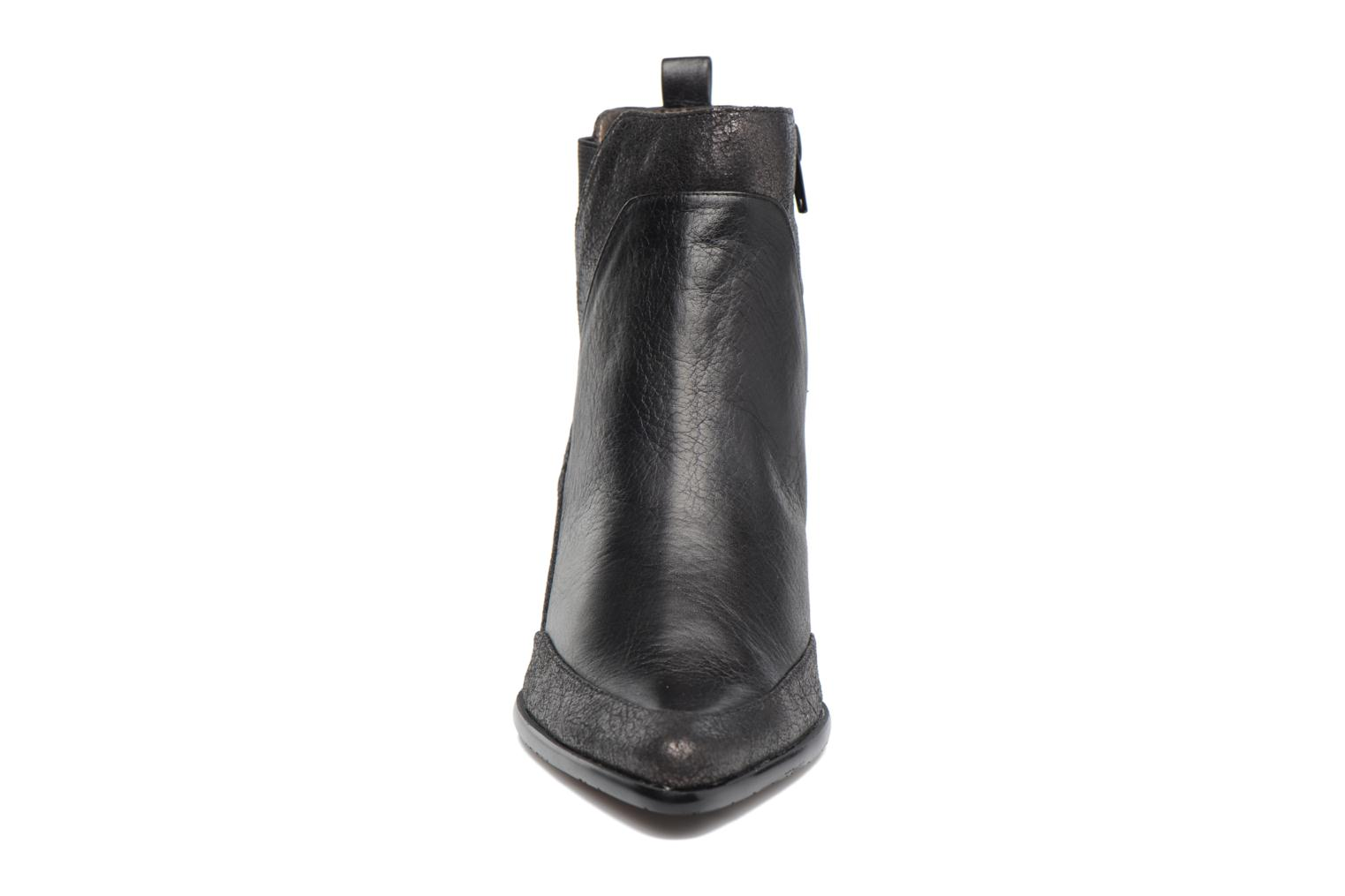 Ankle boots Madison AYLIN Black model view