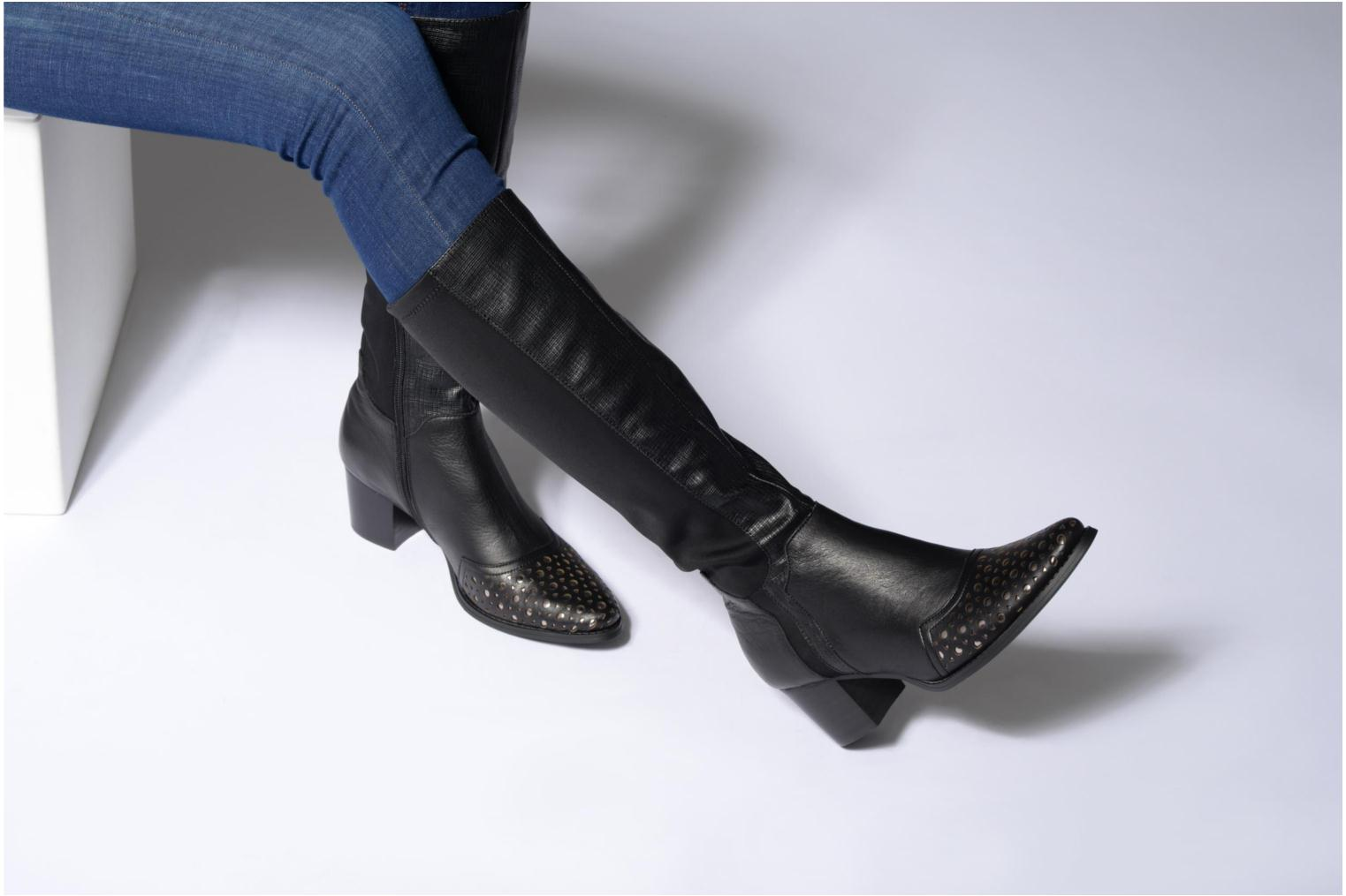 Boots & wellies Madison APELO Black view from underneath / model view
