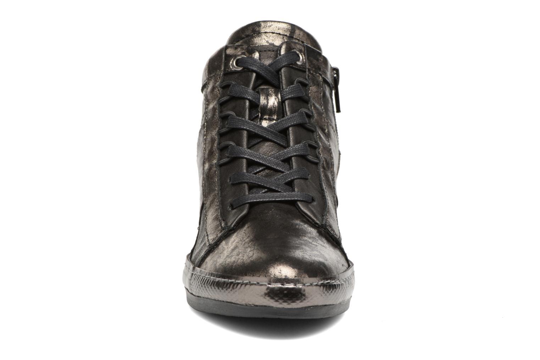 Baskets Khrio Pialoma Noir vue portées chaussures
