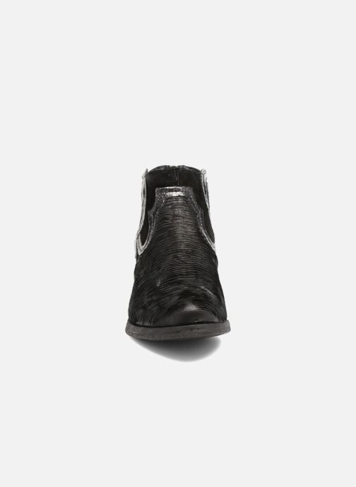 Ankle boots Khrio Feabese Black model view