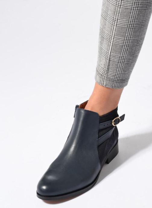 Bottines et boots Georgia Rose Carboucle Noir vue bas / vue portée sac
