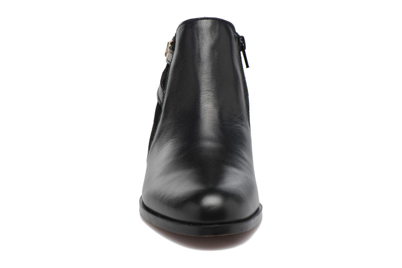 Bottines et boots Georgia Rose Carboucle Noir vue portées chaussures