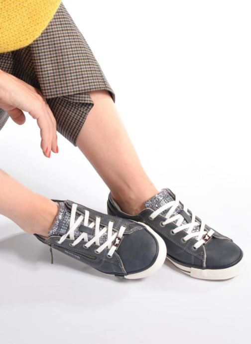 Baskets Mustang shoes Jefi Gris vue bas / vue portée sac