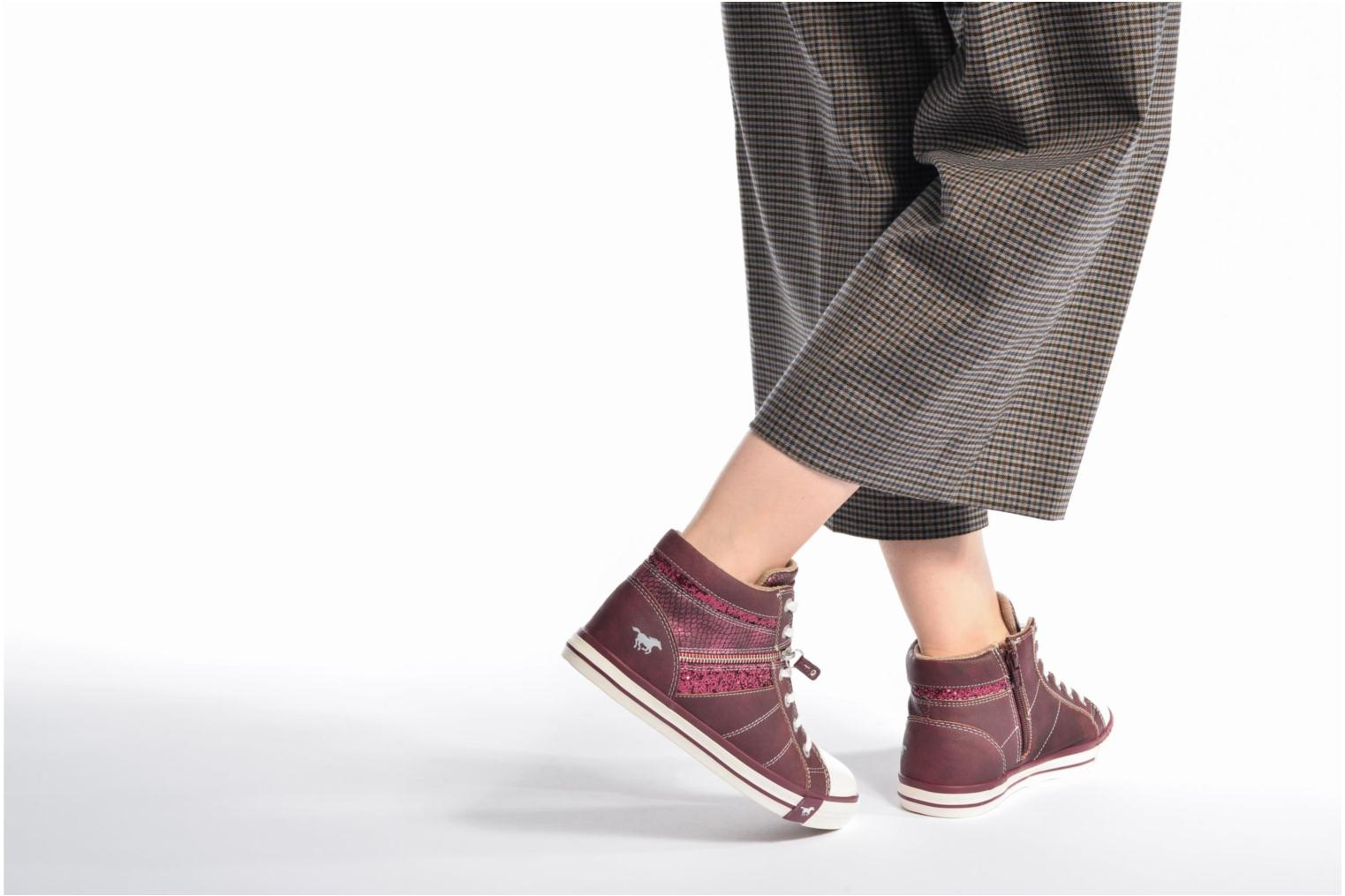 Trainers Mustang shoes Eper Burgundy view from underneath / model view