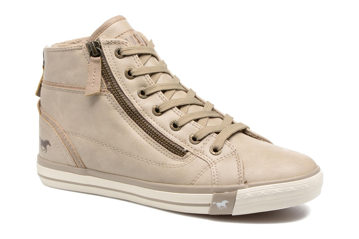 Baskets Mustang shoes Bala Beige vue détail/paire