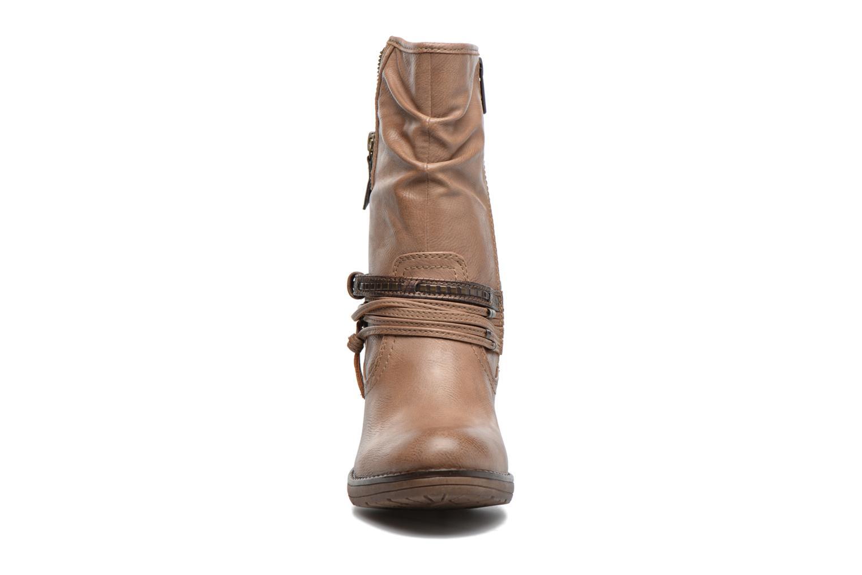 Bottes Mustang shoes Taia Marron vue portées chaussures