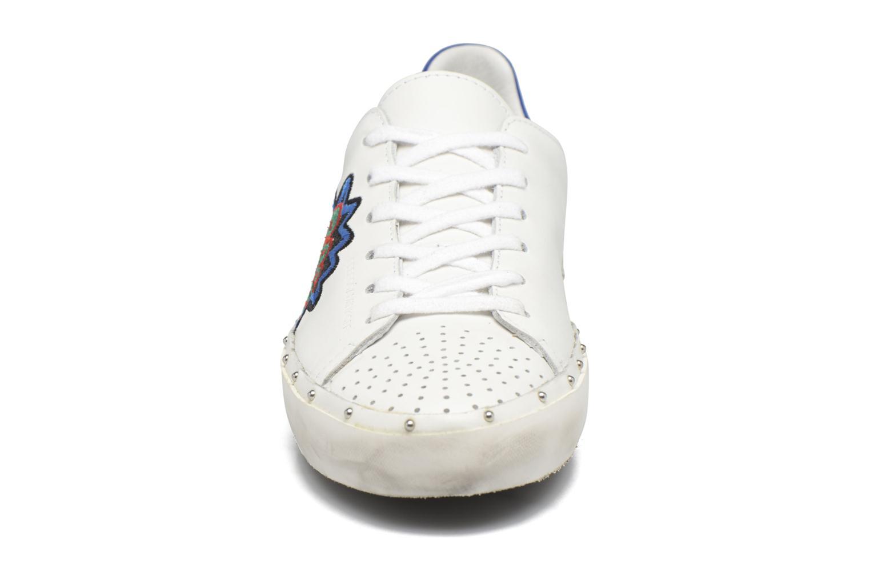 Baskets Rebecca Minkoff Michell Pop Nappa Blanc vue portées chaussures