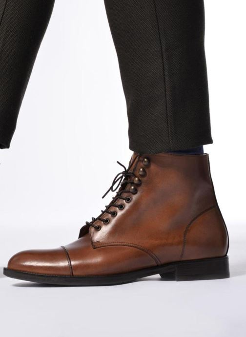 Ankle boots Marvin&co Norham Brown view from underneath / model view