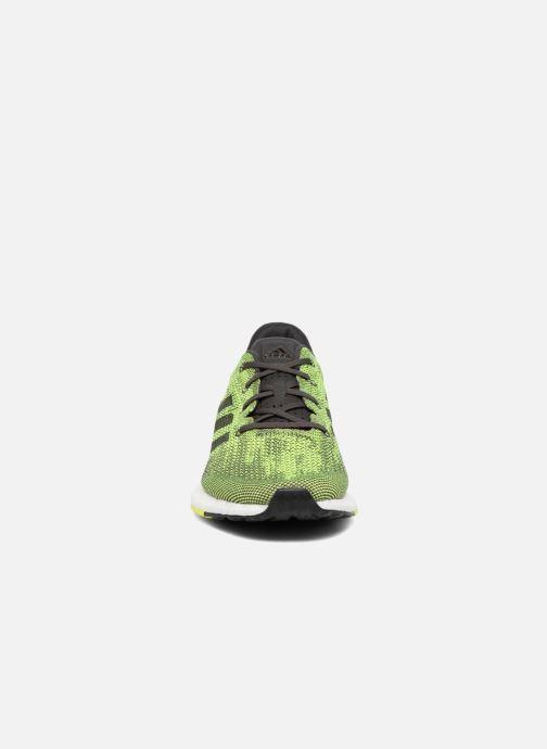 Scarpe sportive adidas performance Pureboost Dpr Verde modello indossato