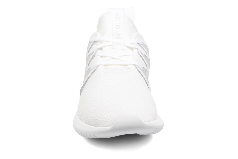 Baskets Adidas Originals Tubular Viral2 W Blanc vue portées chaussures
