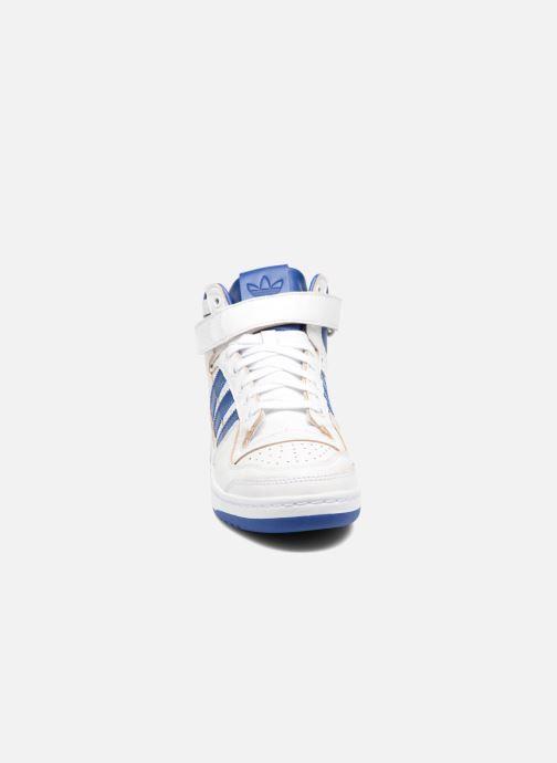 Baskets adidas originals Forum Mid (Wrap) Blanc vue portées chaussures