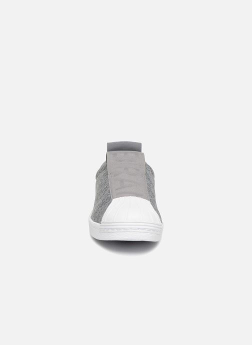 Trainers Adidas Originals Superstar Bw3S Slipon W Grey model view