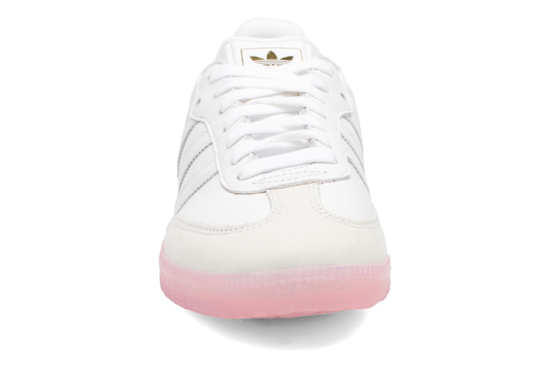 Baskets Adidas Originals Samba W Rose vue portées chaussures