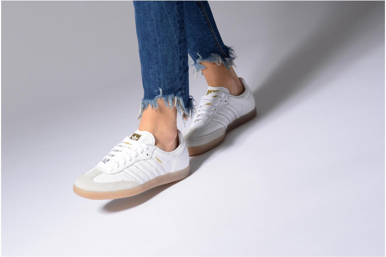 Baskets Adidas Originals Samba W Blanc vue bas / vue portée sac