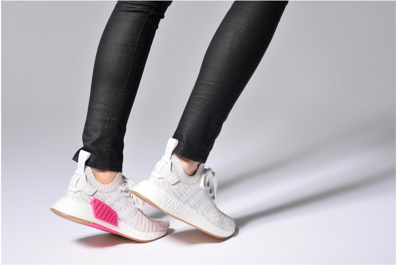 Baskets Adidas Originals Nmd_R2 Pk W Gris vue bas / vue portée sac