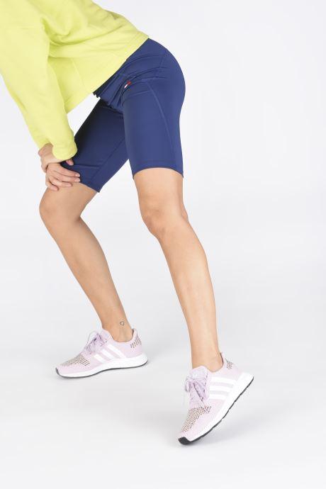 Baskets adidas originals Swift Run W Rose vue bas / vue portée sac