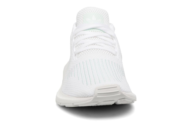 Sneaker Adidas Originals Swift Run W grau schuhe getragen