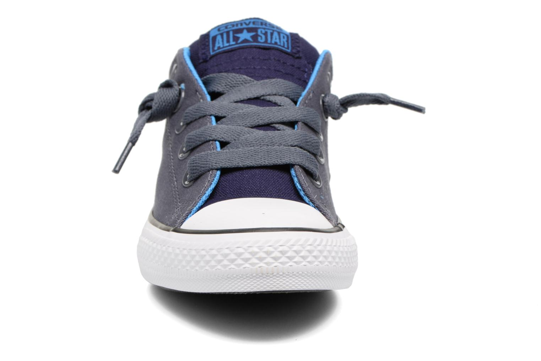Sneaker Converse Chuck Taylor All Star Street Holiday blau schuhe getragen