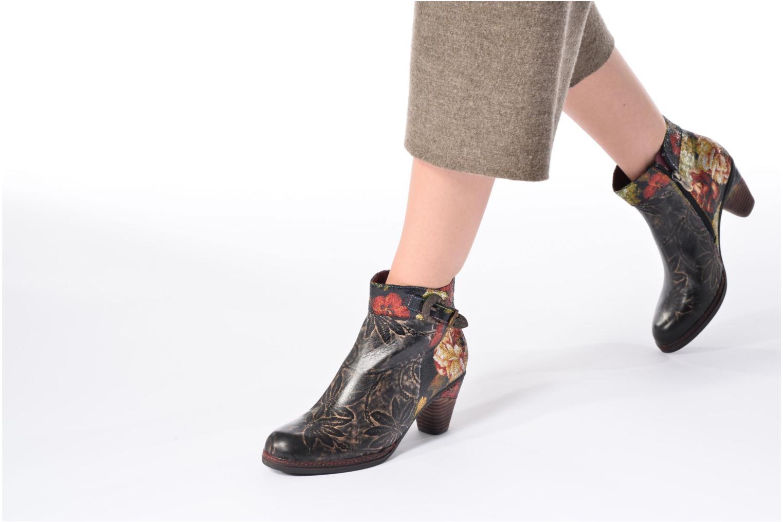 Stiefeletten & Boots Laura Vita Alizee 07 schwarz ansicht von unten / tasche getragen