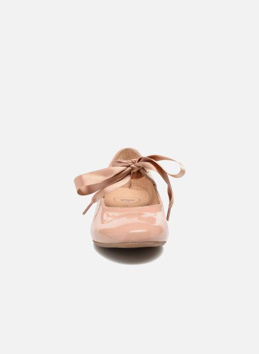 Ballerinaer Yep Oriane Pink se skoene på