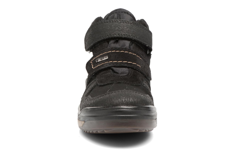 Sneakers Primigi Gio Azzurro modello indossato