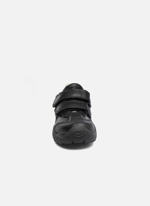 Sneaker Primigi Tom schwarz schuhe getragen